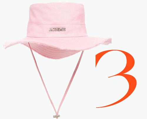 Photo: Jacquemus Le Bob bucket hat