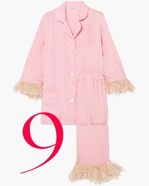 Photo: Pijama Party con ribete de plumas de Sleeper
