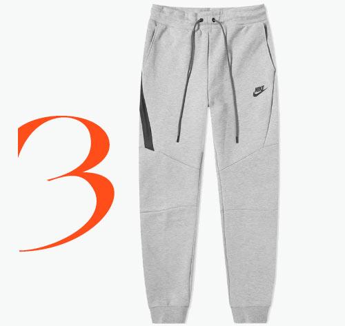 Photo: Pantaloni jogger Tech Fleece di Nike