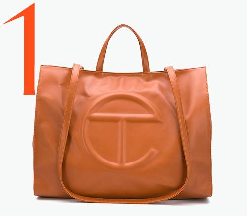 Photo: Shopping bag di Telfar