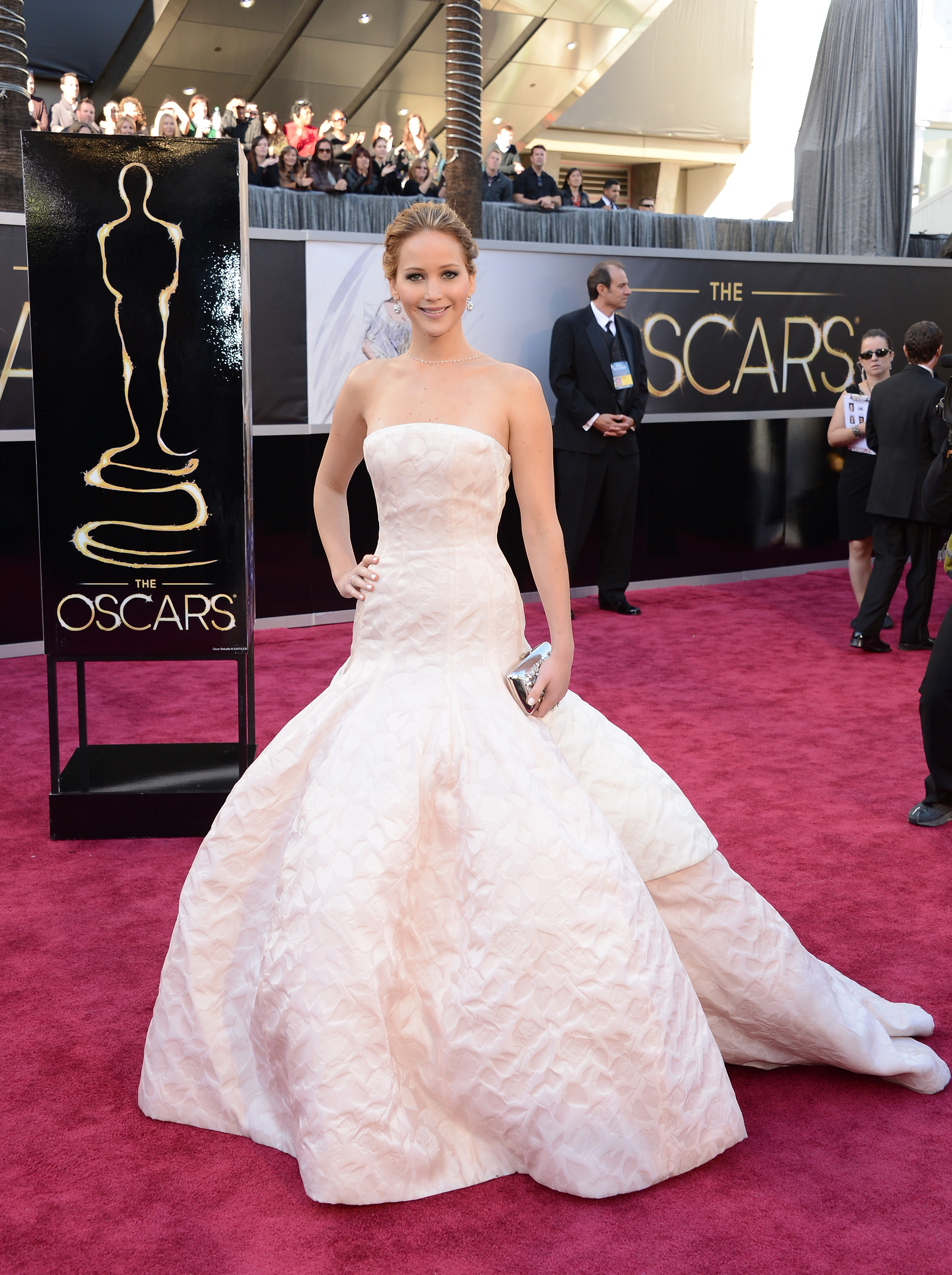 An Image of Jennifer Lawrence at the 2013 Oscars