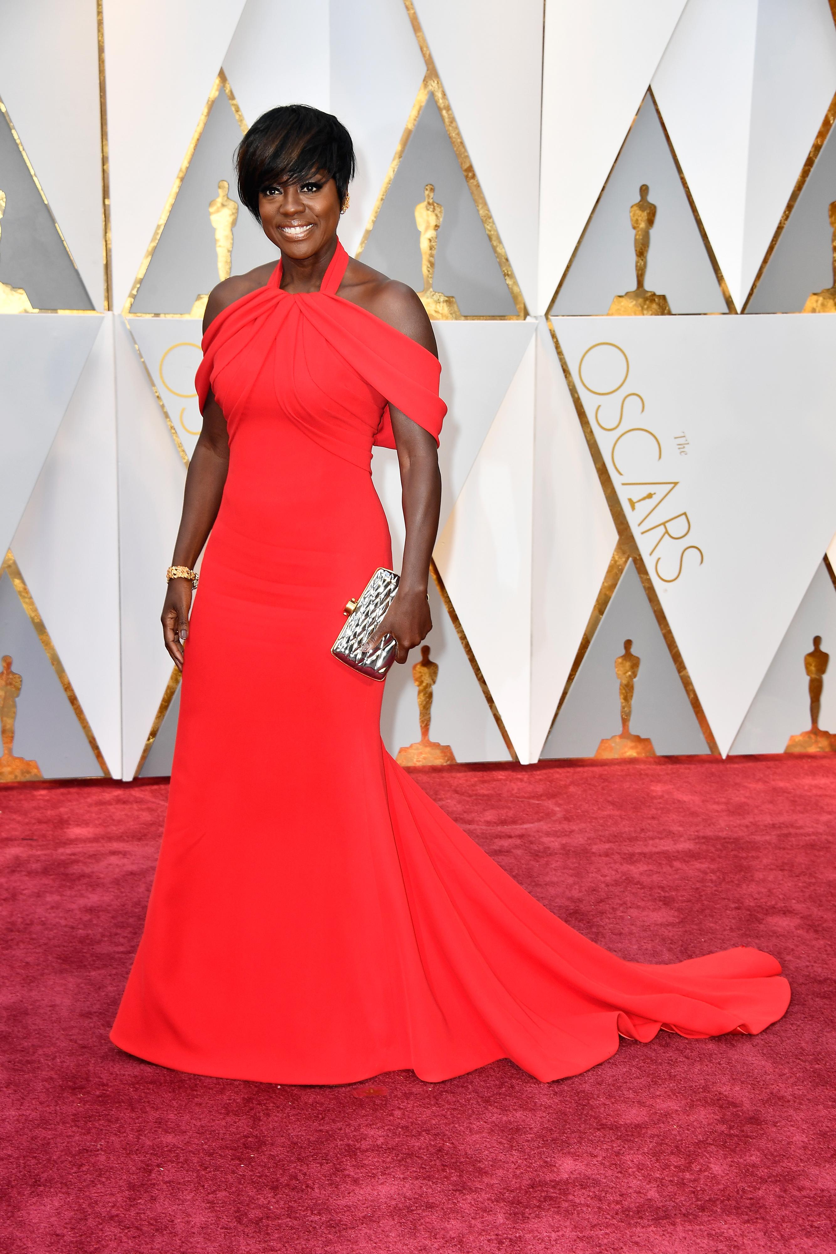 An Image of Viola Davis at the 2017 Oscars