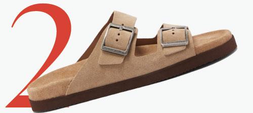 Photo: Brunello Cucinelli suède sandalen met dubbele gesp